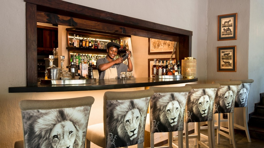 With unique restaurants Cape Town South Africa to familiarize yourself-part II