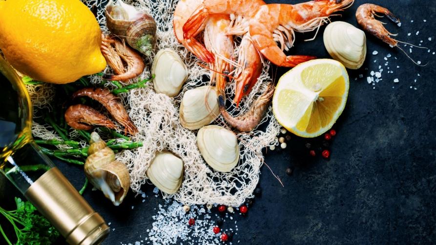 ۱۶۰۰x900-Seafood-Feast-image
